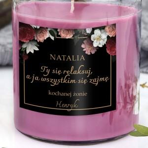 kwiatowa świeca zapachowa w słoiku z dedykacją dla żony