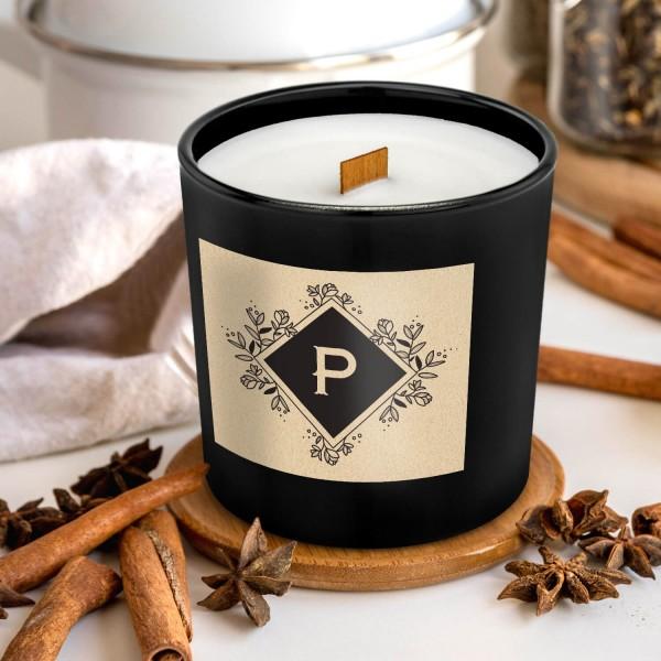świeca z drewnianym knotem z personalizacją na prezent