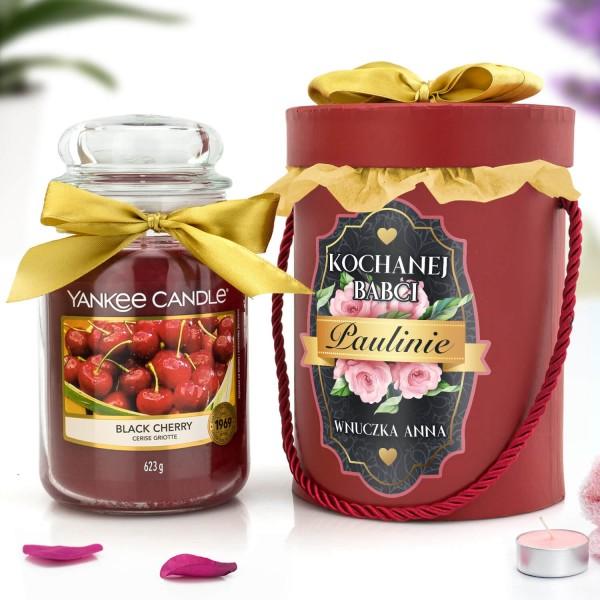świeca yankee candle i flower box na prezent dla babci