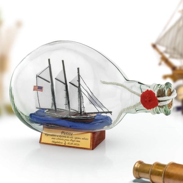 statek w butelce Atlantic z grawerem dedykacji
