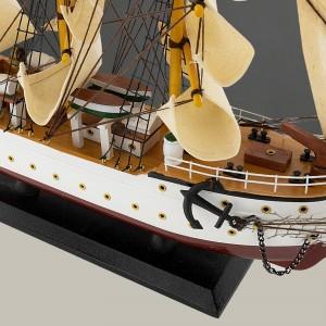 model statku Dar Pomorza