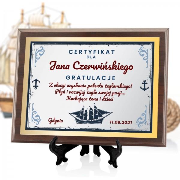 certyfikat drewniany dla żeglarza