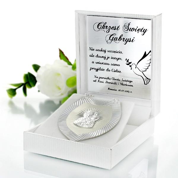 srebrny ryngraf - upominek z okazji chrztu