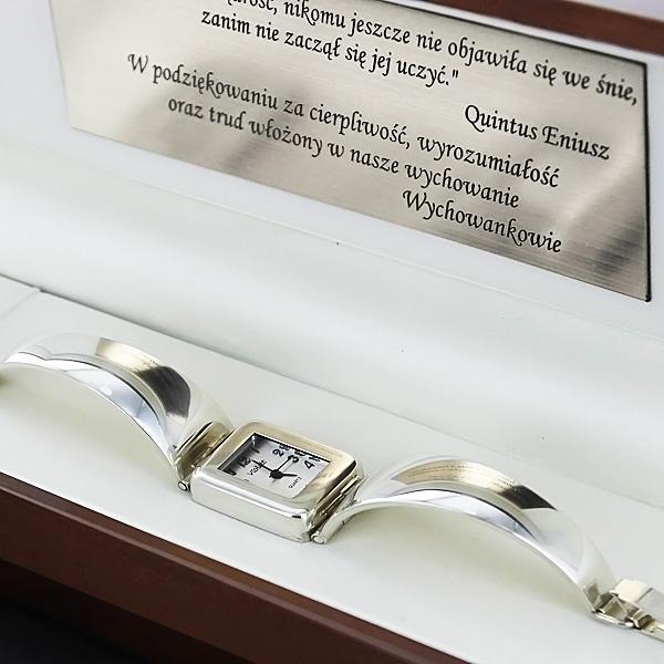 srebrny damski zegarek z grawerem