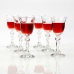 szklane kieliszki na alkohol