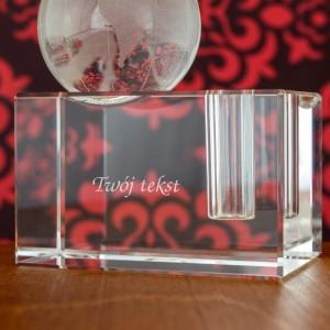 szklany stojak na długopis z grawerem globus