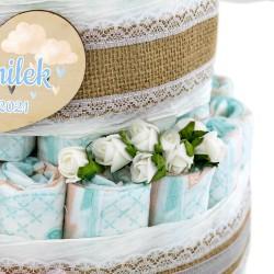 niebieski tort z pampersów dla dziecka