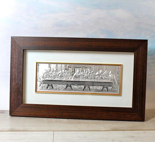srebrny obraz w drewnie