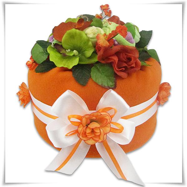 Tort z pampersów pomarańczowy