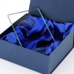 statuetka szklana na prezent