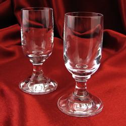 komplet szklanych kieliszków