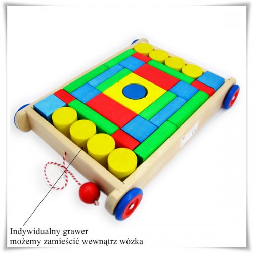 Drewniane klocki w wózku (33 elementy) dla dziecka na prezent z opcją grawerowania