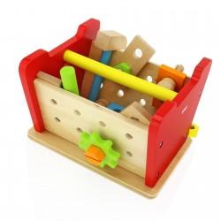 prezent na dzień dziecka drewniane narzędzia w skrzynce