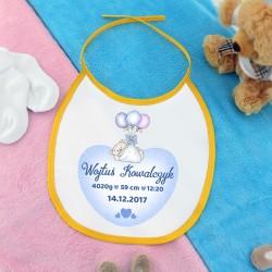 śliniaczek z nadrukiem na prezent dla dziecka