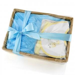 zapakowany prezent dla niemowlaka