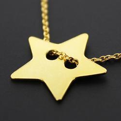Złocona gwiazdka na łańcuszku