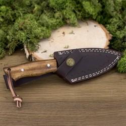 nóż myśliwski z grawerem