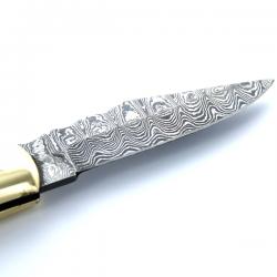 grawerowany nóż
