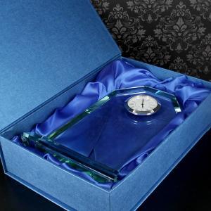 trofeum z zegarem na podziękowanie