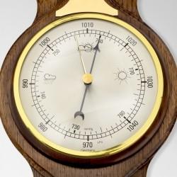 barometr - element stacji pogody na prezent na rocznicę ślubu dla męża