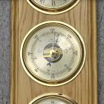 stacja pogody w drewnie na prezent