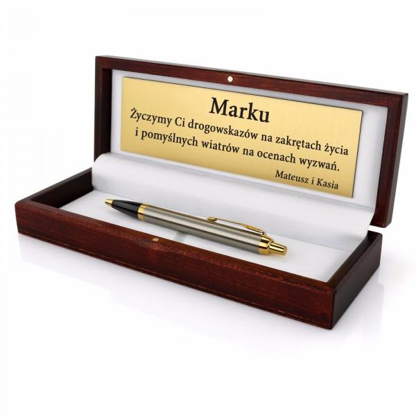 długopis parker w drewnianym etui z grawerem na prezent