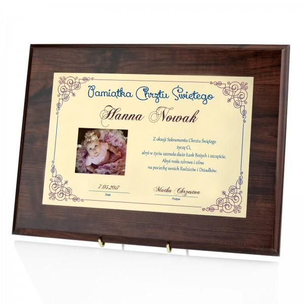 dyplom w drewnie na chrzest dla dziewczynki