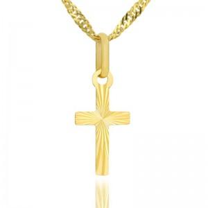 złoty krzyżyk na chrzest