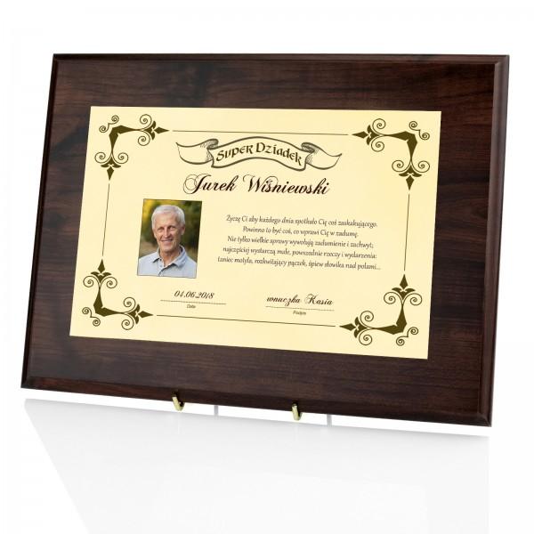 prezent dla dziadka na urodziny certyfikat z nadrukiem