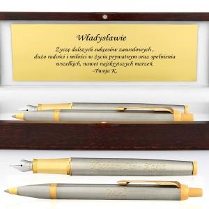 grawerowany długopis i pióro Parker IM Brushed Metal GT w drewnianym etui na prezent