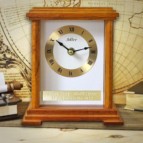Zegar kominkowy jako prezent z okazji 60-tych urodzin z opcją graweru życzeń
