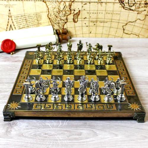 Ekskluzywne szachy z mosiądzu na prezent dla Księdza z możliwością graweru życzeń