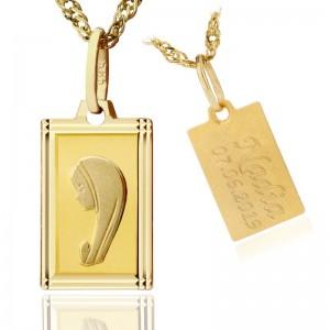 złoty medalik z grawerem na prezent na chrzest