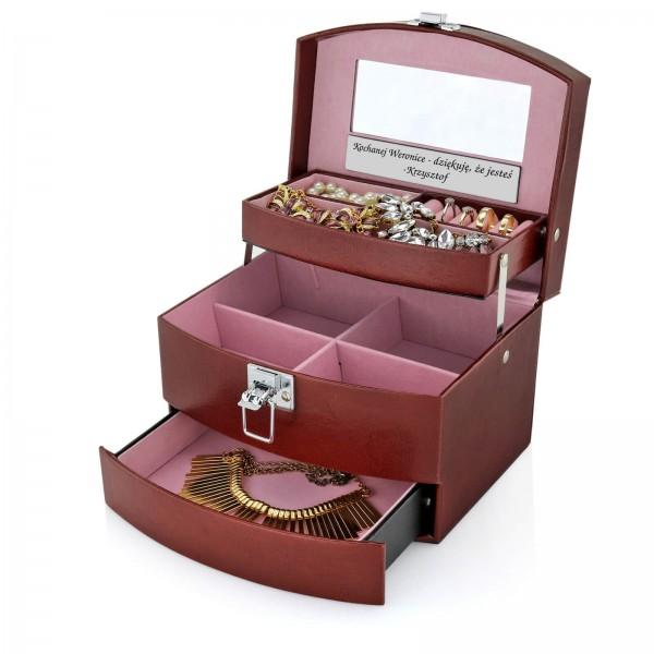 kuferek na biżuterię z dedykacją dla niej