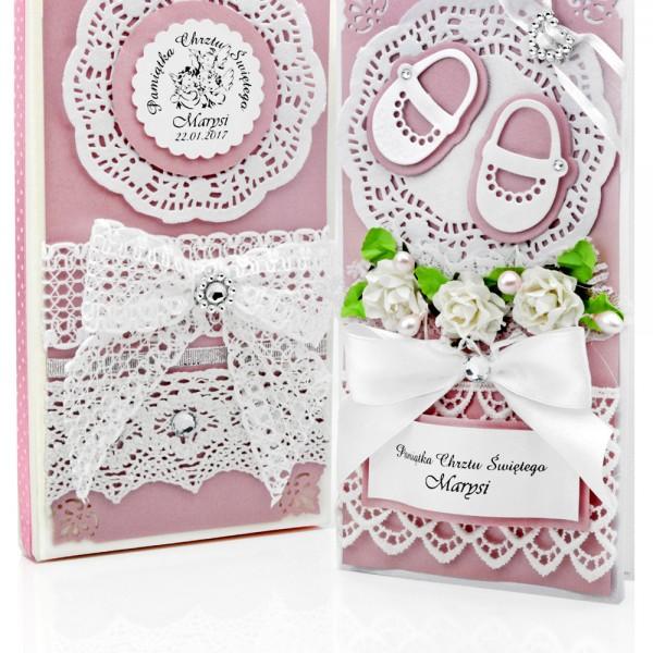 W Ultra ręcznie robiona pamiątka chrztu w pudełku, z personalizacją życzeń CY41