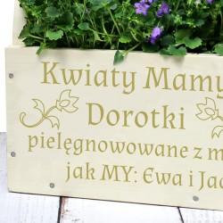 grawerowana dedykacja na doniczce na prezent z okazji dnia matki