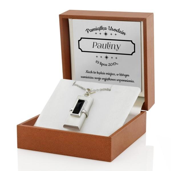 naszyjnik pendrive na prezent dla kobiety