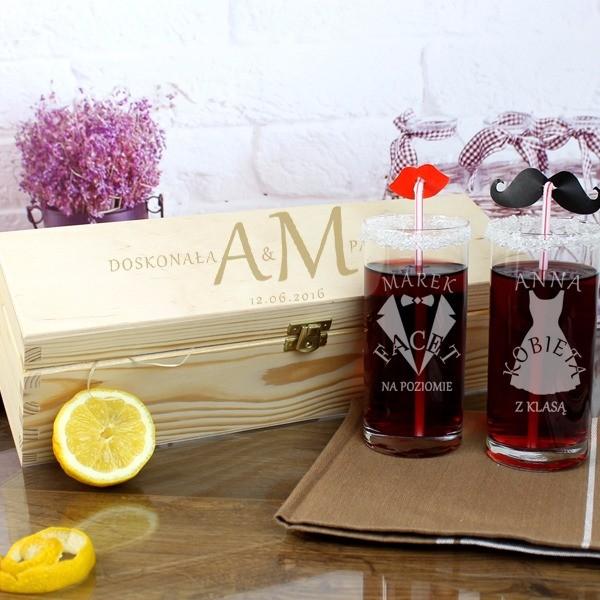 zestaw z szklankami na prezent