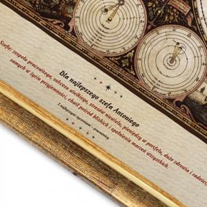 elegancki prezent dla szefa mapa świata z dedykacją