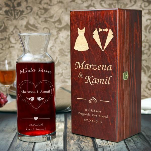 personalizowana karafka na wino w pudełku