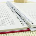 notatnik ze spilarą