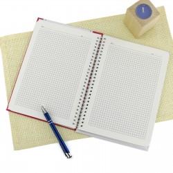 notes w kratkę z personalizacją na prezent