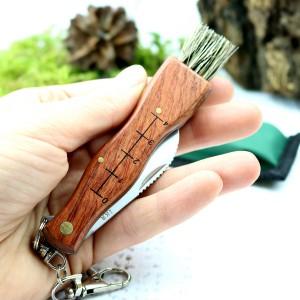 nóż składany z grawerem