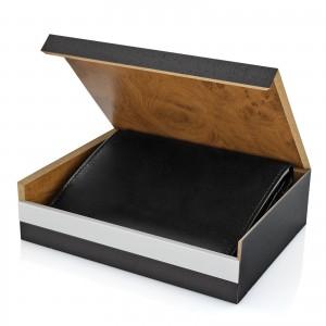 portfel męski z grawerem - prezent z okazji mikołajek