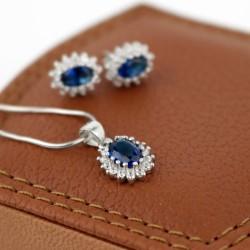 grawerowany komplet srebrnej biżuterii damskiej