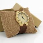 zegarek z drewna bambusowego