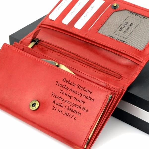 aed4f6c10c647 portfel skórzany damski · portfel z grawerem na prezent dla niej