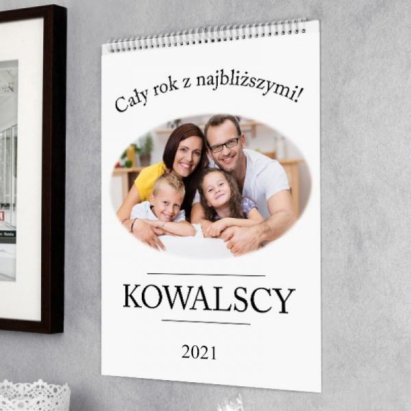 kalendarz ścienny ze zdjęciem i personalizacją  na 2021 rok