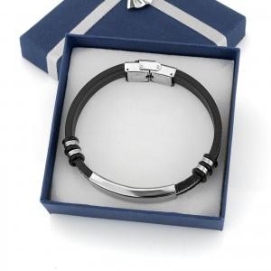 czarna bransoletka z grawerem w ozdobnym pudełku