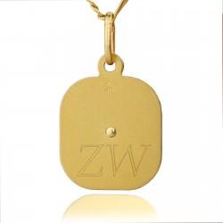 medalik z grawerem inicjałów